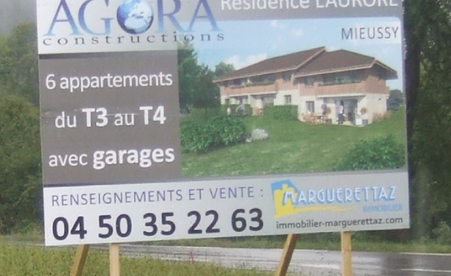Vitrines Commerciales Les Gets
